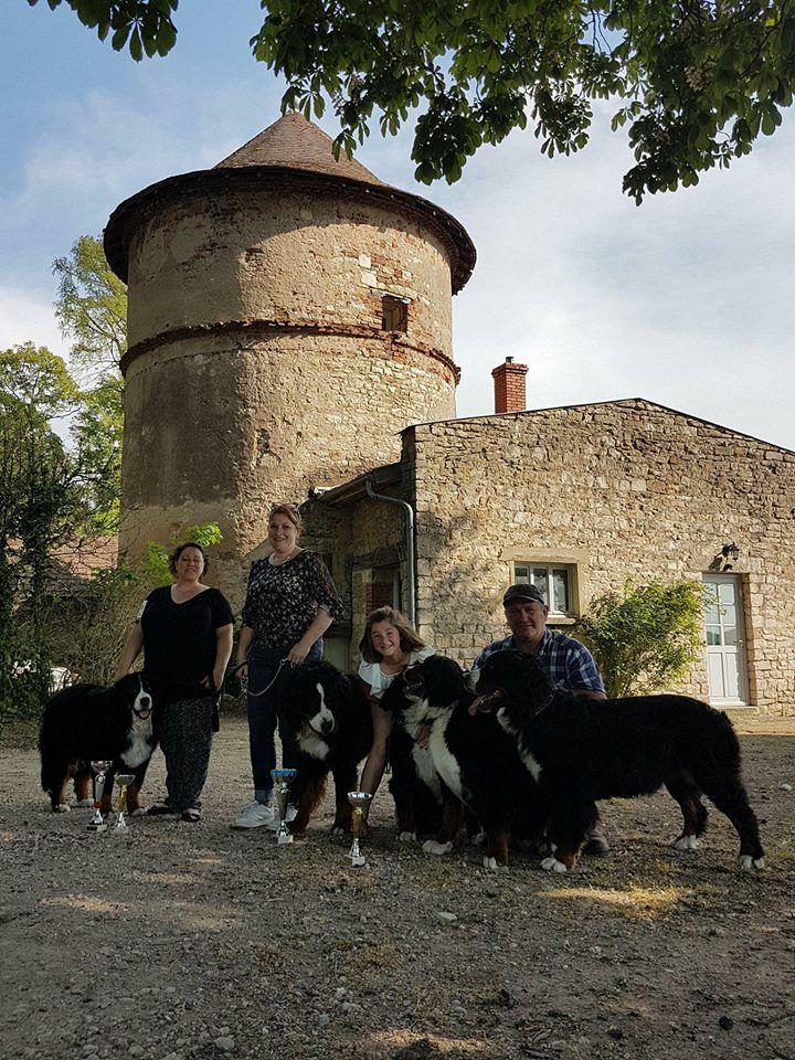 Publication : des Chapeliers de Casella  Auteur : Chapeliers de Casella