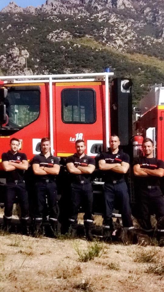 Du Rocher Des Ducs - Sparte chien d'intervention chez les Pompiers !