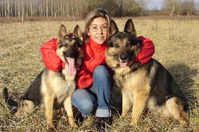 http://www.chiens-de-france.com/photo/eleveurs/78/15417/contacts/7ddba6af-2362-fd24-35d2-7e883c604075.jpg